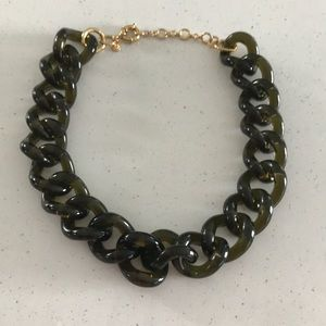 Jcrew link necklace in olive